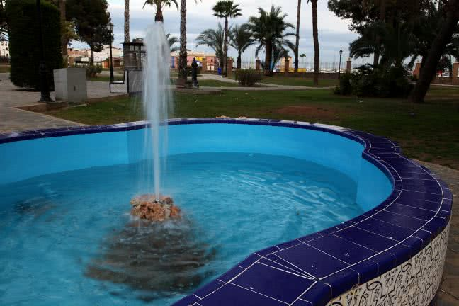 Fountain in Torrevieja - free stock photo